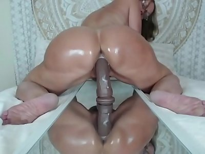Mature big ass Rides bbc dildo