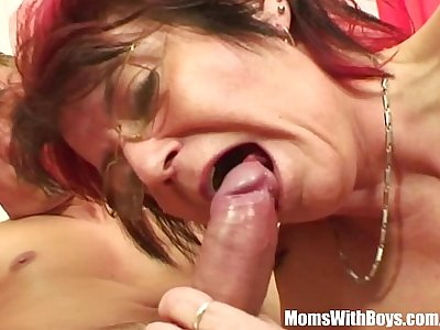 Emo Mature Jana Pesova Fucked With Glasses