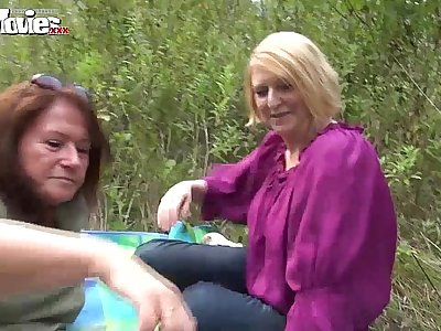 FUN MOVIES Amateur Mature Lesbians fucking in the forest